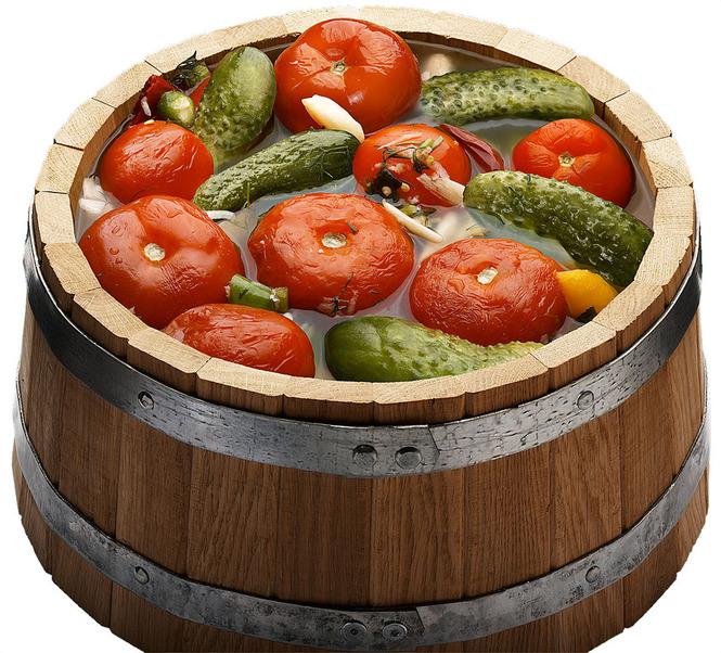 кадка из дуба в овощами