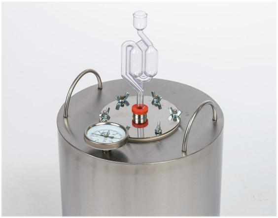 Устройство с гидрозатвором  самогонного аппарата Родник